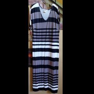 Maxi Travel Knit Striped T-Shirt Dress